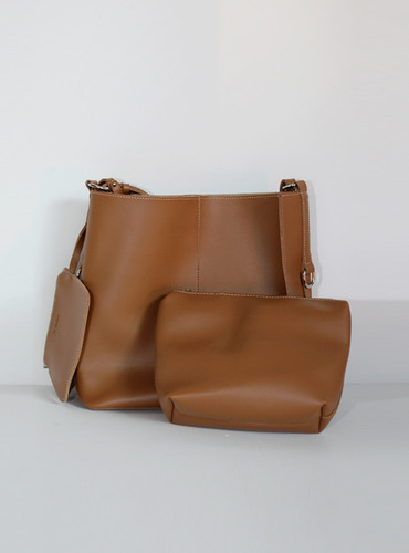 stitch 3 bag ; brown