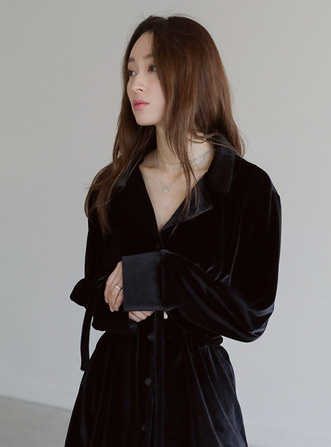 velvet belt blouse
